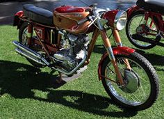 Vintage Ducati at the Desert Classic Concours D'Elegance