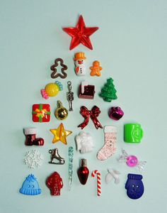 SALE 27 CHRISTMAS TRINKETS for I Spy bags by DinkyDoodads on Etsy