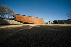 Letterbox House by McBride Charles Ryan | HomeDSGN