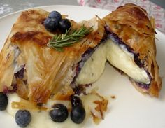 brie & blueberries in phylo, good link.