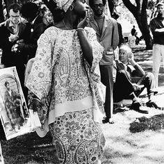 Young woman at Free Huey rally; De Fremery Park, Oakland, California. 14 July 1968. ©Ruth-Marion Baruch. #SUNUnotes #SUNUjournal #BlackHistory