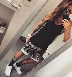 68 Ideas For Style Tomboy Girl Queer Fashion, Tomboy Fashion, Look Fashion, Trendy Fashion, Fashion Outfits, Urban Fashion, Fashion Styles, Lesbian Outfits, Tomboy Outfits