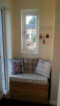 Home made window bench (with shoe storage) Window Benches, Bench With Shoe Storage, Entryway Bench, Windows, Furniture, Home Decor, Entry Bench, Hall Bench, Decoration Home