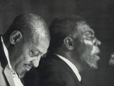 SONNY BOY WILLIAMSON II & HOWLIN WOLF via Blues Cosa de Negros . radio