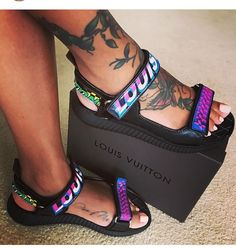 Hate louis vuitton but love these Cute Sandals, Cute Shoes, Me Too Shoes, Flat Sandals, Shoes Sneakers, Shoes Heels, Pumps, Heeled Boots, Shoe Boots