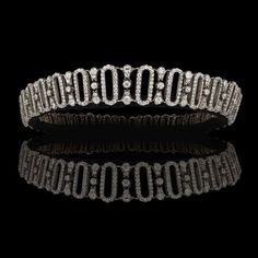 an Edwardian diamond tiara that belonged to the Spencer family. - an Edwardian diamond tiara that belonged to the Spencer family. It was given to Lady Delia Spencer, - Royal Crowns, Royal Tiaras, Tiaras And Crowns, Princess Diana Tiara, Princess Diana Family, Royal Jewelry, High Jewelry, Jewellery, Diamond Tiara