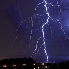 Powerful Stroke! by jhueilee, via Flickr