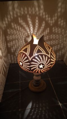 Decorative Gourds, Hand Painted Gourds, Cement Crafts, Wood Crafts, Bohemian Lamp, Bamboo Art, Gourd Lamp, Moroccan Design, Light Crafts