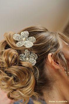 Acessório de cabelo para noiva D. Cantídio.