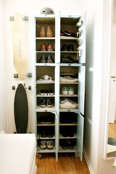 Using add a shelf things elsewhere than the kitchen to create more shelves - here for shoes could also be used in wardrobes Garage Lockers, Used Lockers, Metal Lockers, Industrial Lockers, Small Lockers, School Lockers, Skateboard Storage, Locker Designs, E Room