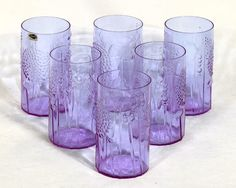 Each Toikka's glass works are unique. Including four flora glasses. Perfect condition, never use NIB. Vintage Pottery, Glass Collection, Glass Design, Scandinavian Design, Finland, Glass Art, Flora, Old Things, Vase