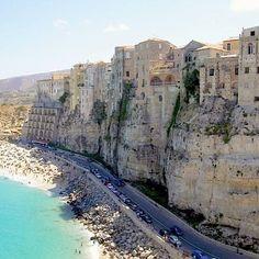 Reposting @egtours: #tropea #italy #italia #travel #travelblogger #egtgolftour #bucketlist #calabria #fridayfeeling #travelgram #nature #bucketlist