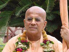 Gopal Krisha Goswami Chanting Hare Krishna