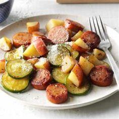 Saucisses aux pommes de terre et courgettes avec cookeo, un plat délicieux pour votre diner ou déjeuner.