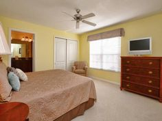 Majesty Palm 8963 Holiday Home Kissimmee (Florida) Featuring an outdoor pool, Majesty Palm 8963 Holiday Home is a holiday home located in Kissimmee. The property is 17 km from Green Meadows Petting Farm and free private parking is provided. Free WiFi is available throughout the property.