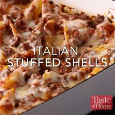Italian Stuffed Shells Recipe The Effective Pictures We Offer You About old Italian Recipes A quality picture can tell you many things. You can find the most beautiful pictures that can be presented t Italian Stuffed Shells, Stuffed Shells Recipe, Stuffed Shells With Ricotta, Stuffed Lasagna Shells, Stuffed Pasta Recipes, Ground Beef Stuffed Shells, Healthy Stuffed Shells, Sausage Stuffed Shells, Mexican Stuffed Shells