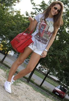 Street Style: Gorgeous Casual Outfits - Fashion Diva Design first day of schoooooool!
