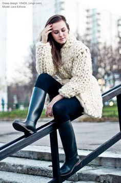"vingil_lab: Лера в ""Морошке"" Knitwear Fashion, Knit Fashion, Fashion Boots, Girl Fashion, Womens Fashion, Wellies Rain Boots, Black Rain Boots, Horse Riding Boots, Big Knits"