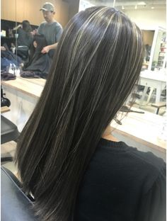 White Hair Highlights, Brown Hair Balayage, Brown Blonde Hair, Hair Color For Black Hair, Brunette Hair, Medium Hair Styles, Short Hair Styles, Aesthetic Hair, Dye My Hair