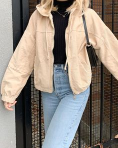 trendy outfits for summer . trendy outfits for school . trendy outfits for women . trendy outfits for summer 2020 Urban Outfitters Outfit, Mode Outfits, Winter Outfits, Summer Outfits, Fashion Outfits, Jackets Fashion, Modest Fashion, Fashion Clothes, Beach Outfits