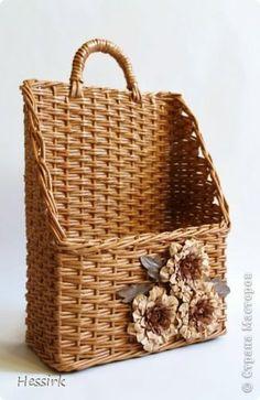 Поделка изделие Плетение Январь Трубочки бумажные фото 1