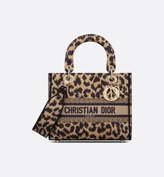 Lady Dior, Christian Dior Perfume, D Lite, Leopard Bag, Embroidery Bags, Couture, Classic Elegance, Look Fashion, Saddle Bags