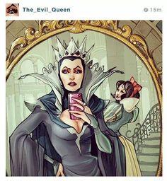 Evil Queen selfie (Snow White photobomb)