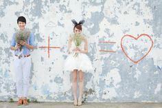 Lovely e-session with short wedding dress