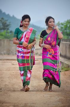 Download Wallpaper Hd, Beautiful Saree, India Beauty, Shiva, Traditional Outfits, Beauty Women, Desi, Asian, Fashion Outfits