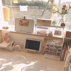 Study Room Decor, Cute Room Decor, Room Ideas Bedroom, Study Rooms, Desk Inspiration, Desk Inspo, Minimalist Room, Aesthetic Room Decor, Cozy Room