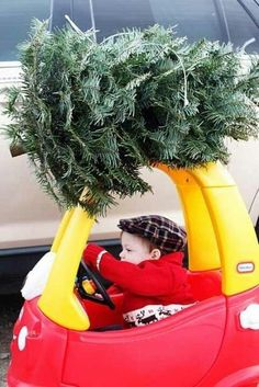 If your kid is growing up way too fast. | 38 Awesome Christmas Card Ideas You Should Steal -- SO CUTE
