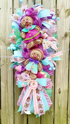 Gingerbread Christmas Decor, Candy Land Christmas, Christmas Classroom Door, Christmas Trees For Kids, Pink Christmas Decorations, Christmas Ornament Crafts, Christmas Fairy, Christmas Bows, Christmas Colors