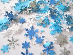 Winter Wonderland snowflake wedding confetti on the tables. Elegant Winter Wedding, Winter Weddings, Fall Wedding, Dream Wedding, Wedding Ideas, Frozen Wedding Theme, Frozen Tea Party, Frozen Snowflake, Snowflake Wedding