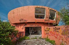 endroits abandonnes de floride maison ufo homestead 2   Incroyables endroits abandonnés de Floride   UFO stade photo parc ovni Miami Marine ...