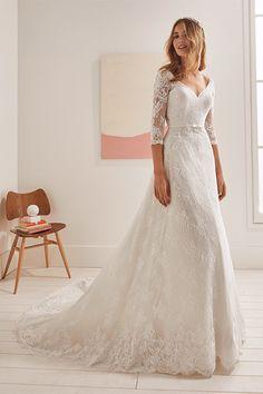 princess wedding dresses plus size Long Sleeve Bridal Dresses, V Neck Wedding Dress, Wedding Dresses Plus Size, Princess Wedding Dresses, Modest Wedding Dresses, Bridal Gowns, Wedding Gowns, Wedding Girl, Mermaid Wedding