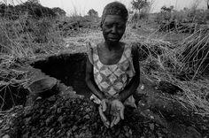 """""""Burkinabé"""", fotografie di Massimo Allegro, dal 11 settembre al 5 ottobre. La Casa delle culture del mondo, Milano.  http://www.provincia.milano.it/cultura/progetti/la_casa_delle_culture_del_mondo_milano/iniziative_2014_settembre.html#Burkinabe"""