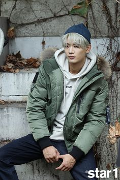 an all in one source devoted to the 5 members of shinee: photos, videos, music and occasional translations. Onew Jonghyun, Lee Taemin, Shinee Debut, Choi Min Ho, Lee Jinki, Kim Kibum, Vogue, Flower Boys, Kpop