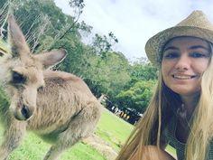 #selfie com o #kanguru #kangaroo #currumbin #currumbinwildlifesanctuary #australia  by samantaimanishi http://ift.tt/1X9mXhV
