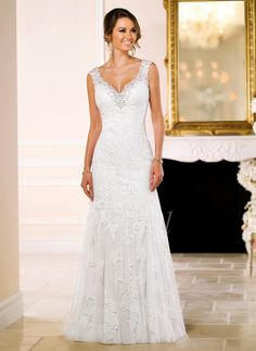 Trumpet/Mermaid V-neck Sweep Train Tulle Lace Wedding Dress With Beading Appliques Lace (0025063146) - vbridal