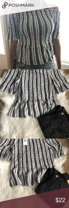 Pacsun off the shoulder striped top small Pacsun off the shoulder striped black and white top small Super cute  Fits true to size Perfect for the spring  Accepting most reasonable offers  If you have any questions feel free to ask PacSun Tops Blouses
