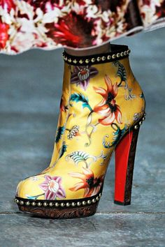Mary Katrantzou---why didn't they have these in my day/??