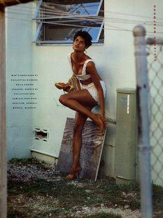 Linda Evangelista: Vogue Italia, February 1989 > photo 164730 > fashion picture