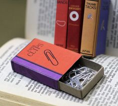 Mini Office Supply Bookcovers for Matchboxes - ideia para organizar os suprimentos de escritório