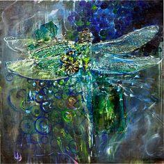 Dragonfly by leighvashey, via Flickr