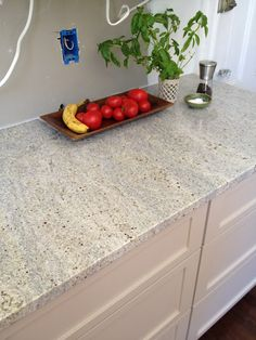 Kashmir white granite - this is going in my kitchen! Kashmir White Granite, White Granite Kitchen, White Granite Countertops, Bathroom Countertops, Backsplash, Kitchen And Bath, New Kitchen, Kitchen Ideas, Kitchen Upgrades