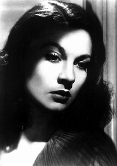 Vivien Leigh...Love her....She has the PERFECT Southern accent...and she's British. Boom!