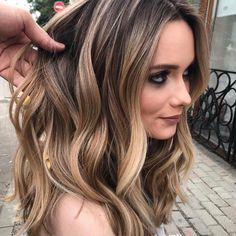"""Balayageombre® (@balayageombre) on Instagram: """"#balayage #balayageombre #balayagehighlights #babylights #hairpainting #balayagehair…"""""""