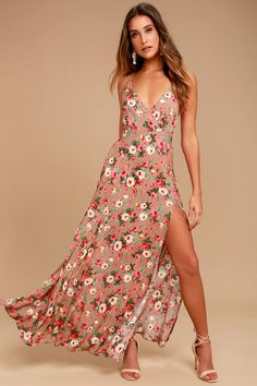 Happy days never have to end now that the Everlasting Bliss Blush Floral Print Maxi Dress has arrived! Floral print dress with a surplice bodice and slit, maxi skirt. Cute Floral Dresses, Floral Sundress, Blush Dresses, Floral Print Maxi Dress, Maxi Wrap Dress, Bridesmaid Dresses, Maxi Dresses, Maxi Dress With Slit, Bride Dresses