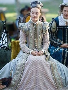 Tudor Costume — Elizabethan pink gown.