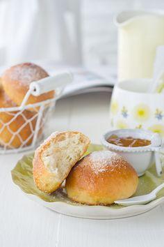 Deliciosa receta para desayunos y meriendas. Te enseñamos como hacer panes dulces caseros rápido y fácil. Te animas? Entra y descubre cómo...